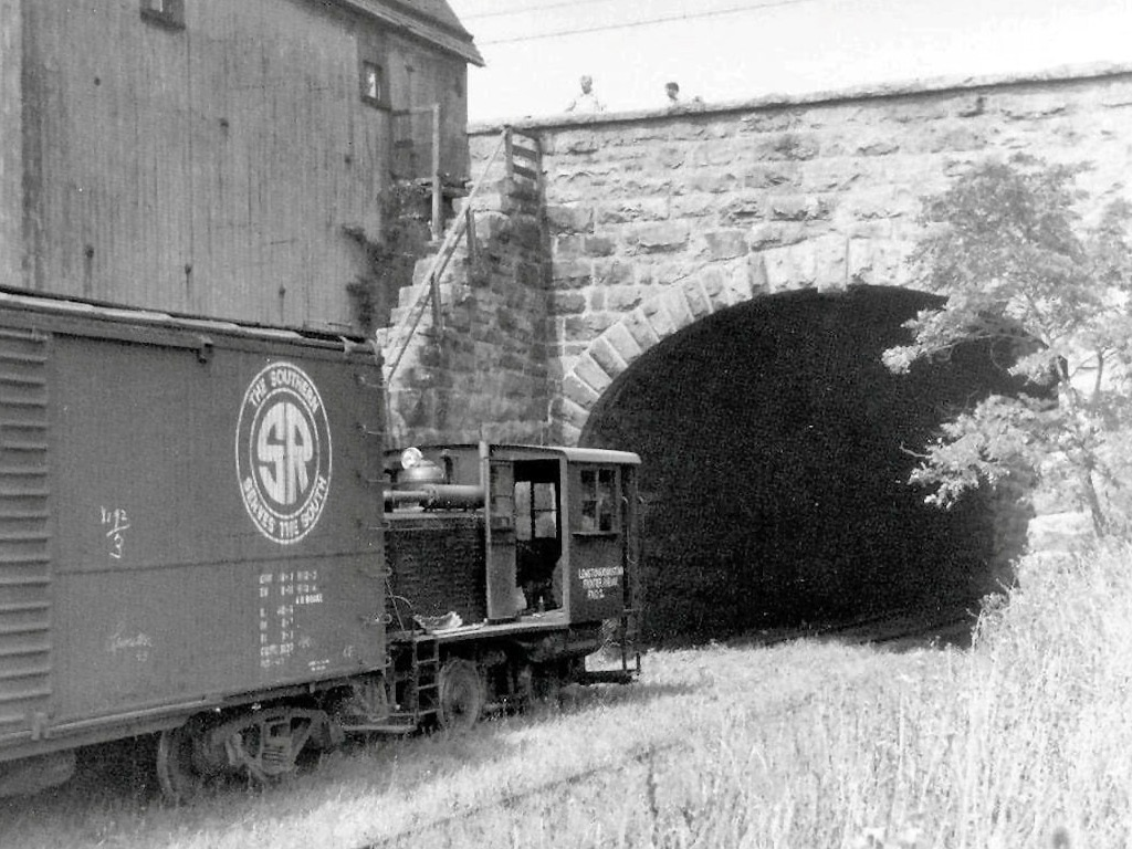 Tunnel at Center and 8th 1940