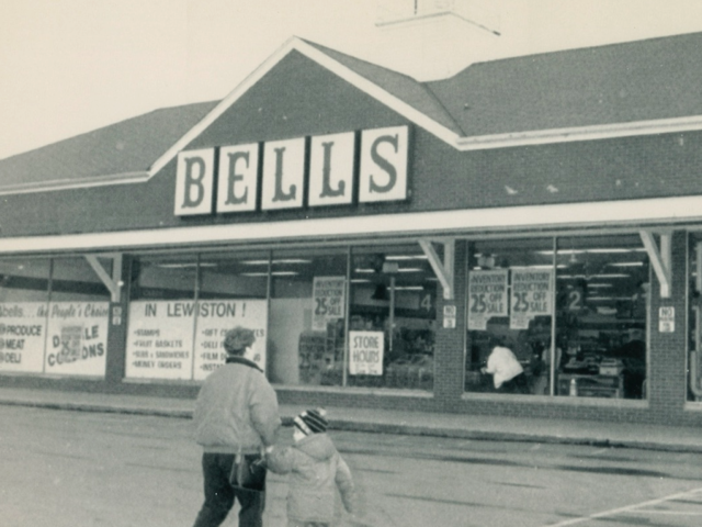 Bells Supermarket 1993